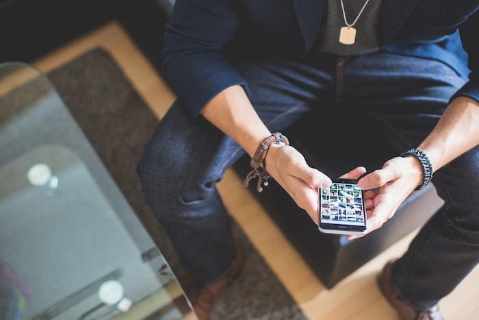 ソーシャルメディア活用で役立つiPhoneに入れておきたいアプリまとめ