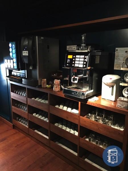 TIMES CAFEの2Fドリンクコーナー